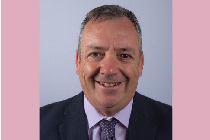 Ian Roberts, Wrexham Council