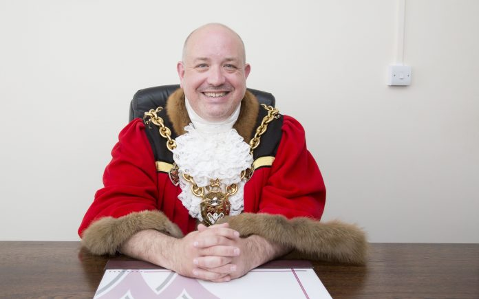 Outgoing Mayor, Cllr Rob Walsh